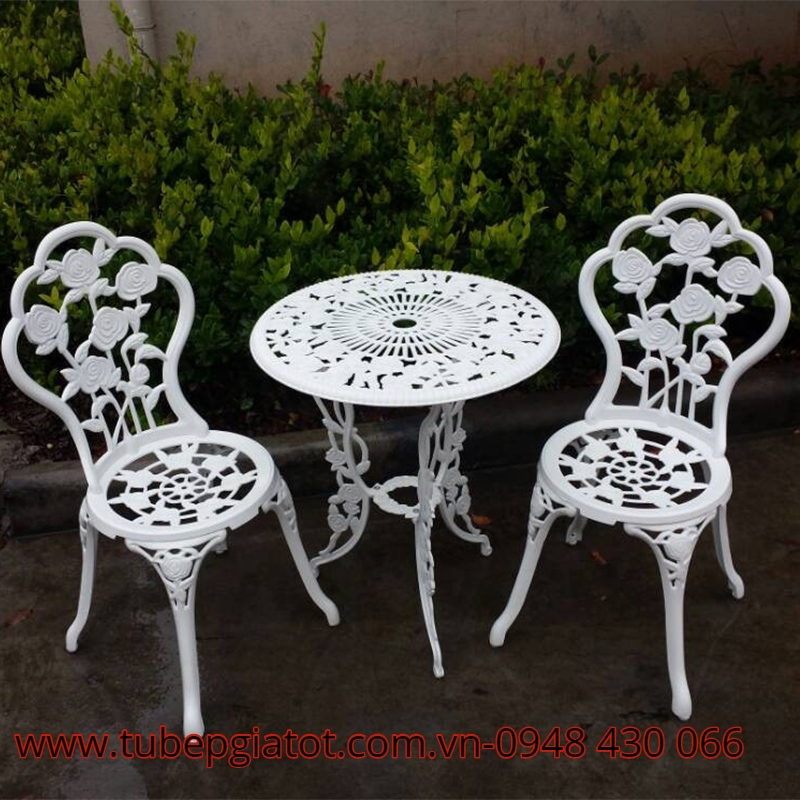 Chuyên cung cấp bàn ghế nhôm nhập khẩu
